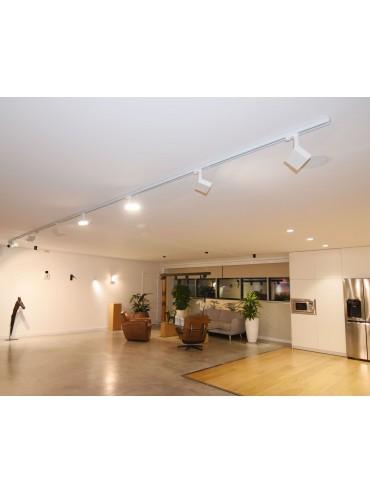 Faro da binario a led da 20W Sostituisce i vecchi fari da binario trifase, per showroom o negozi. Faro di design.