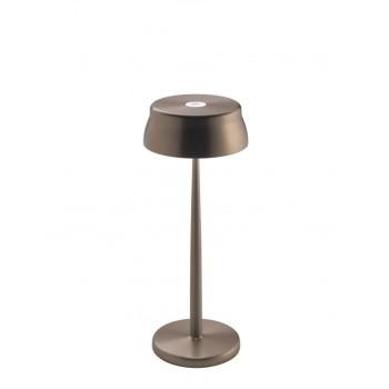Lampada a led da tavolo Sister Light colore rame anodizzato. Ideale per la ristorazione. IP54 da esterno.