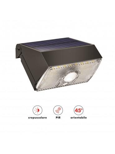 Faretto a led solare da parete da 1000lm più luce di emergenza. Ideale da esterno per luoghi senza corrente elettrica.