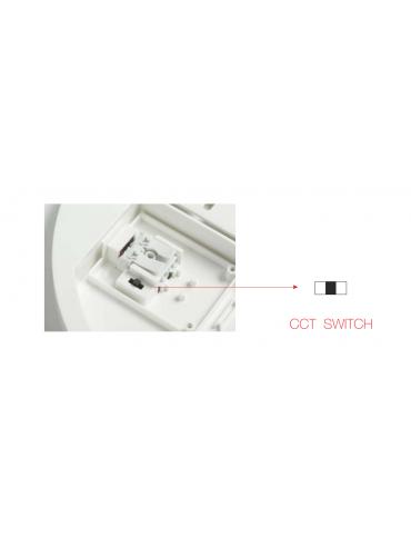 Plafoniera a led quadrata da 25watt con switch CCT integrato. IP54 da esterno.